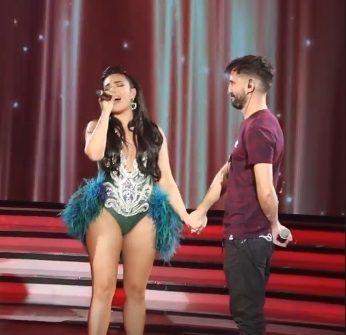 Angela Leiva decidió terminar con los rumores que la vinculan con Esteban Lamothe