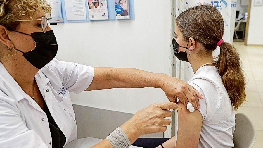 Vacunación pediátrica.