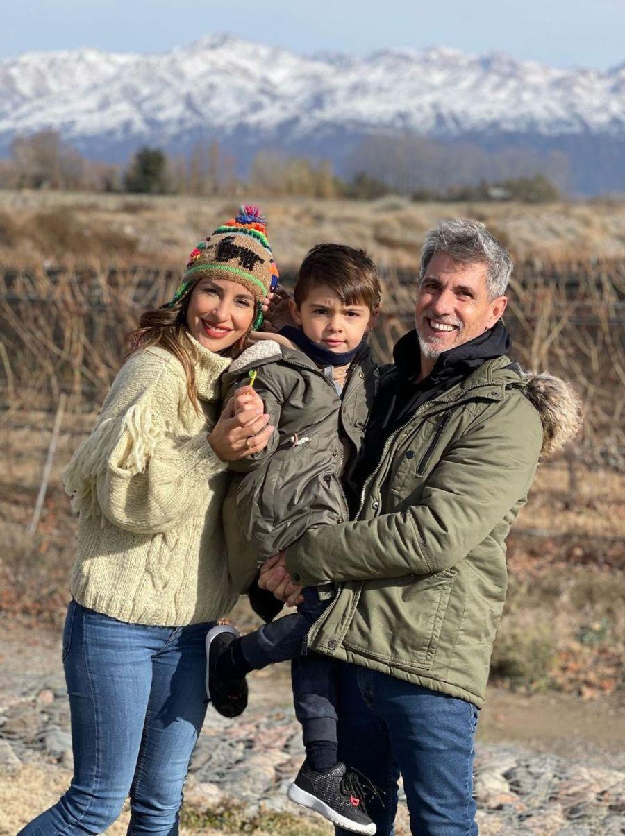 El Chato y Lourdes estuvieron recorriendo Mendoza con su hijo Valentín. En ese marco él le propuso casarse.