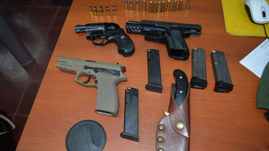 En control vehicular incautan un millón de dólares y armas en Córdoba 20210709