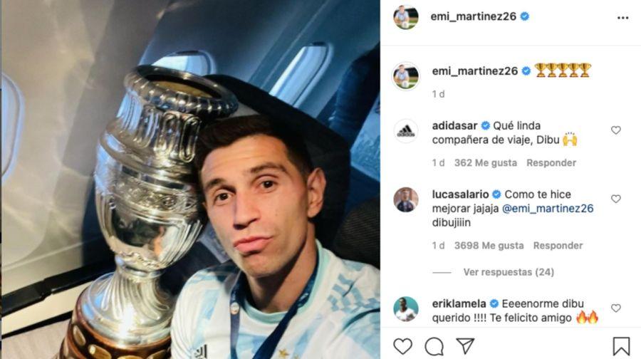 """Emiliano """"Dibu"""" Martínez conoció a su bebareciénnacida y lo compartió en redes sociales"""