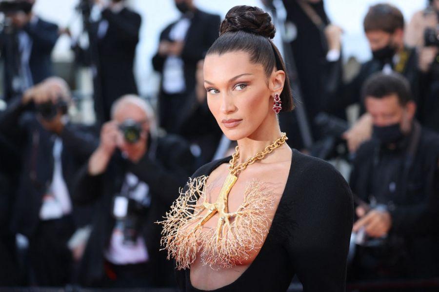 Jean Paul Gaultier y Schiaparelli los aliados perfectos de Bella Hadid para Cannes