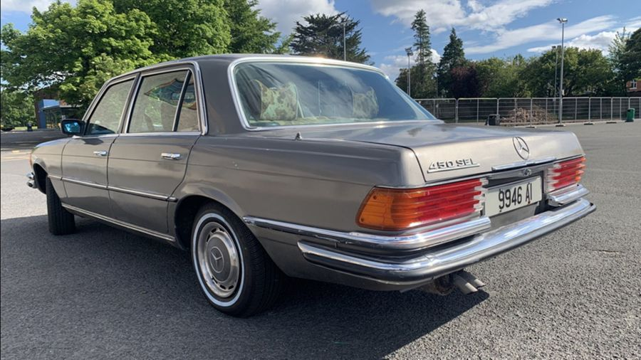 El Mercedes que perteneciera a Bono de U2 saldrá a la venta