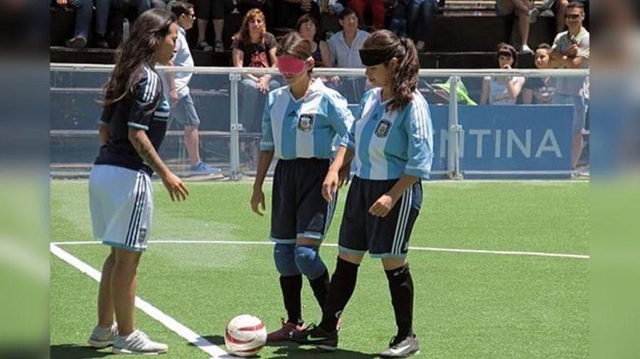 Integrante de cuerpo técnico de fútbol masculino 20210723