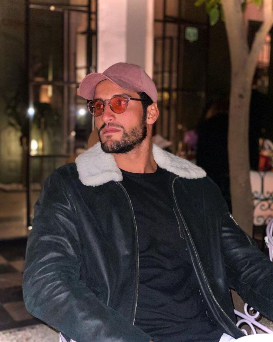 Quién es Ramzi Boukhiam, el surfista marroquí y ex de Rihanna que roba suspiros en los Juegos Olímpicos de Tokio 2020