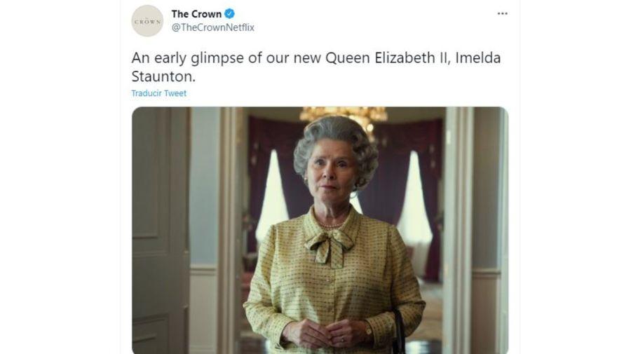 Imelda Staunton como la Reina Elizabeth II