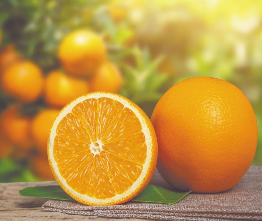 La quercetina podés encontrarla en los cítricos. También se comercializa en cápsulas, sola o con otros bioflavonoides.