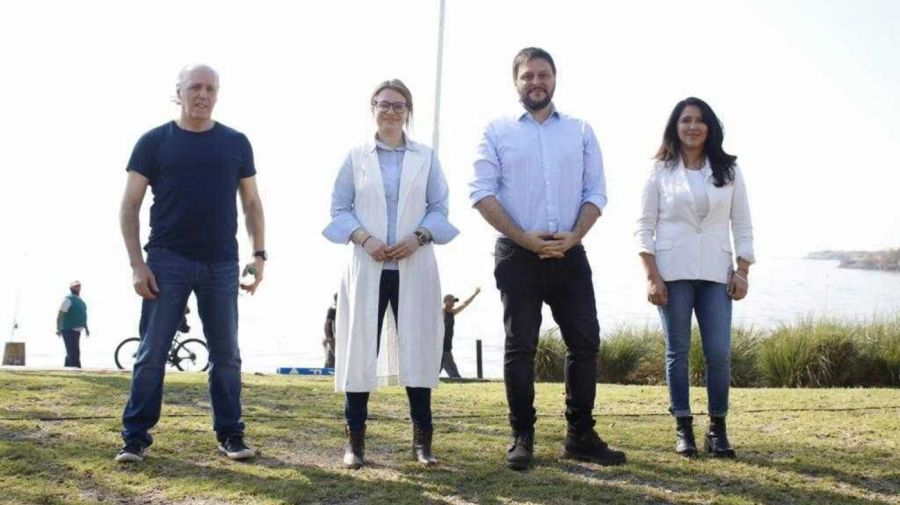 El acto que encabezaron Marziotta y Santoro junto al río, en Costa Salguero.
