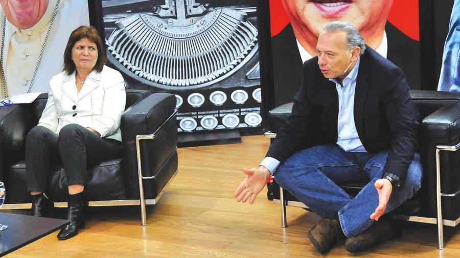 Patricia Bullrich y Sergio Berni, en un reportaje conjunto donde polemizaron y se entendieron.