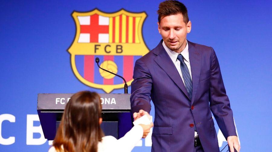 Leo Messi y Antonela Roccuzzo pañuelo