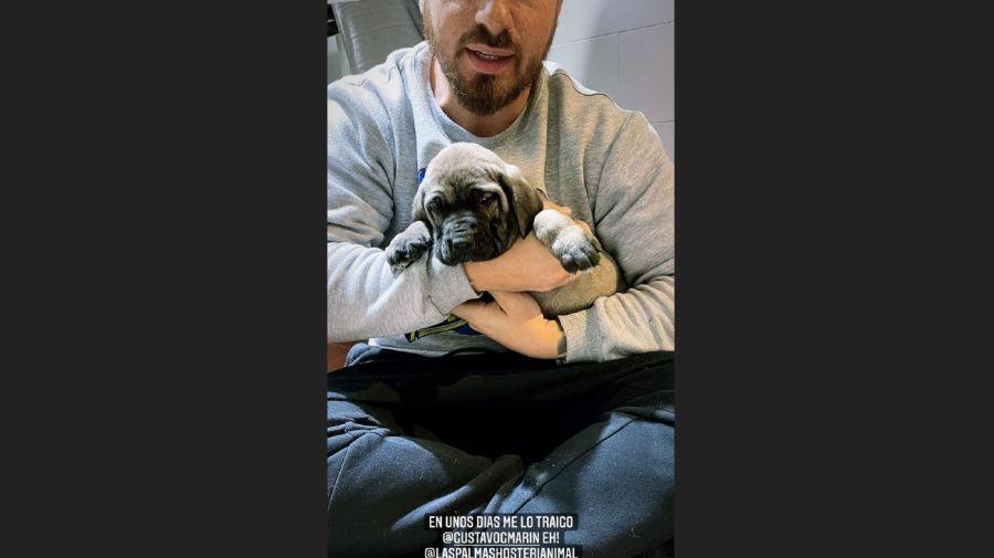 Federico Bal y sunuevo cachorro
