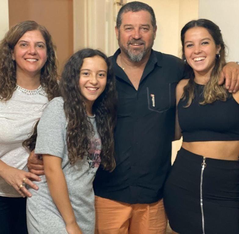 Mahía Familia