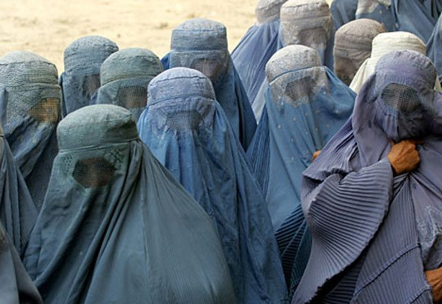 Prohibiciones de los talibanes a las mujeres