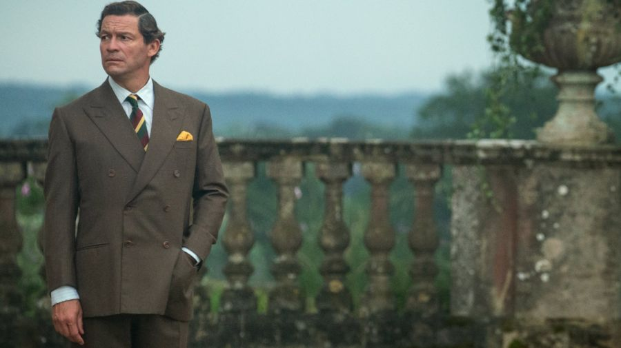 Dominic West como el principe Carlos