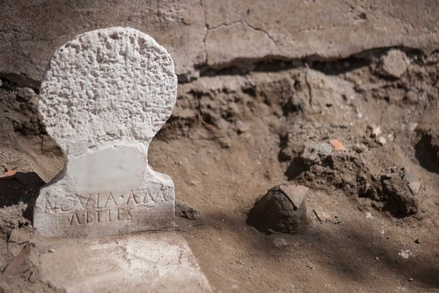 0818_tumba Pompeya