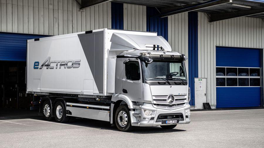 Así es el primer camión eléctrico de producción en serie de Mercedes