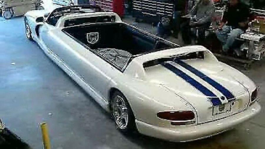 Dodge Viper limusina