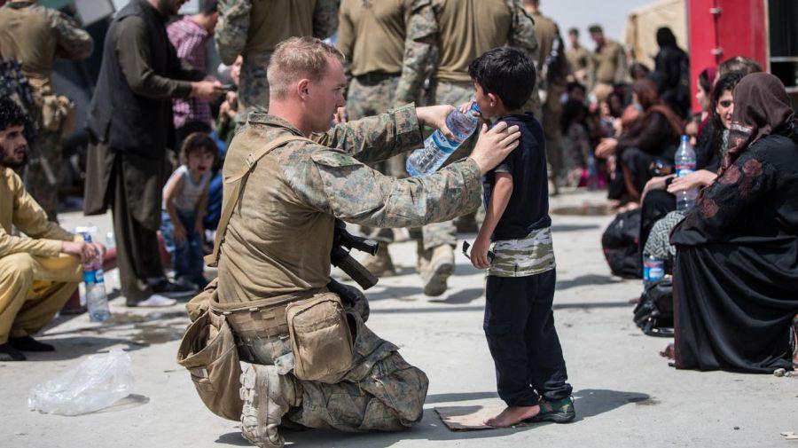 Evacuación de niños en Afganistan 20210820