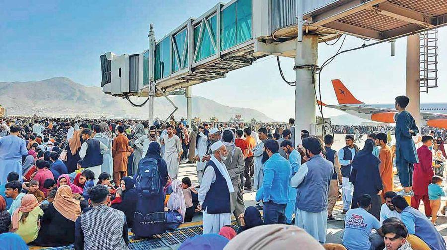 20210822_afganistan_aeropuerto_afp_g