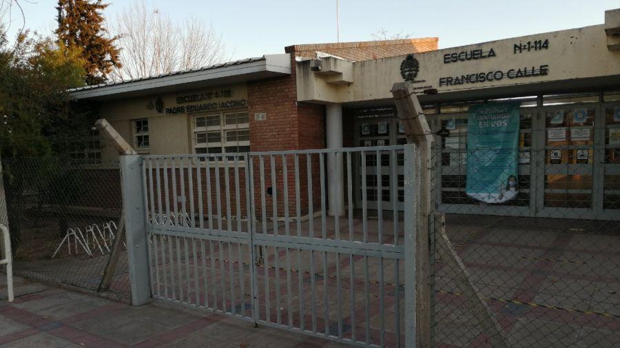 La escuela 1.114 a la que asistía Lucía Fernández, sin clase por el duelo del femicidio que conmueve a Mendoza.