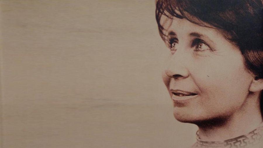 María Esther de Miguel