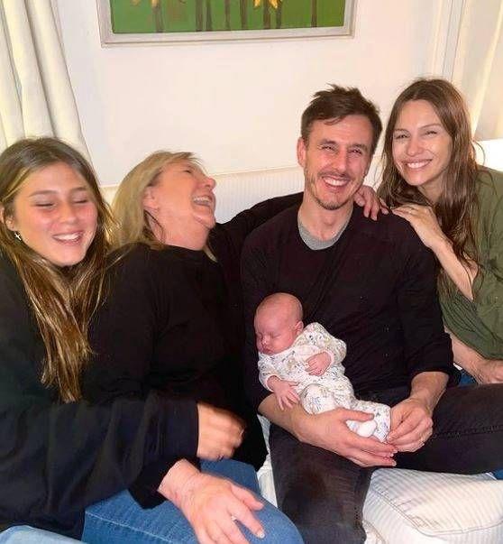 Roberto García Moritán subió una foto de Pampita y su mamá: cómo es la relación de sus dos mujeres