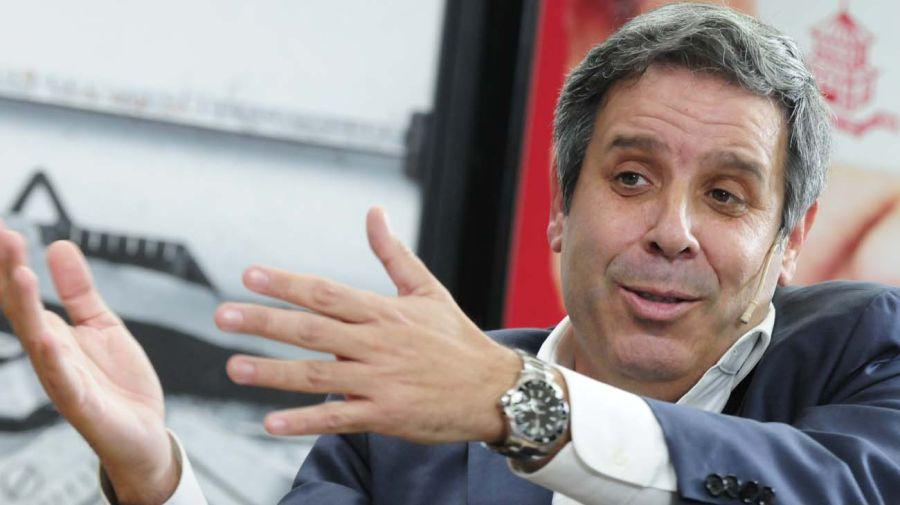 Gastón Manes, en la entrevista con Jorge Fontevecchia.