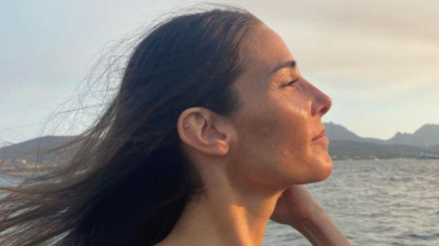 Juana Viale festejó el final de su cuarentena obligatoria con una sensual foto