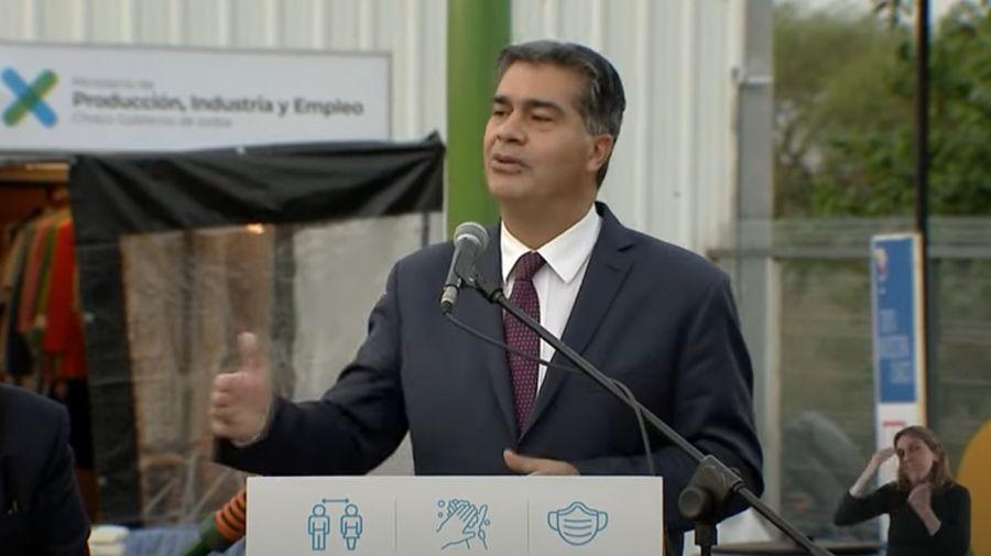 El gobernador Jorge Capitanich, hablando en el acto con Alberto Fernández en el Chaco.