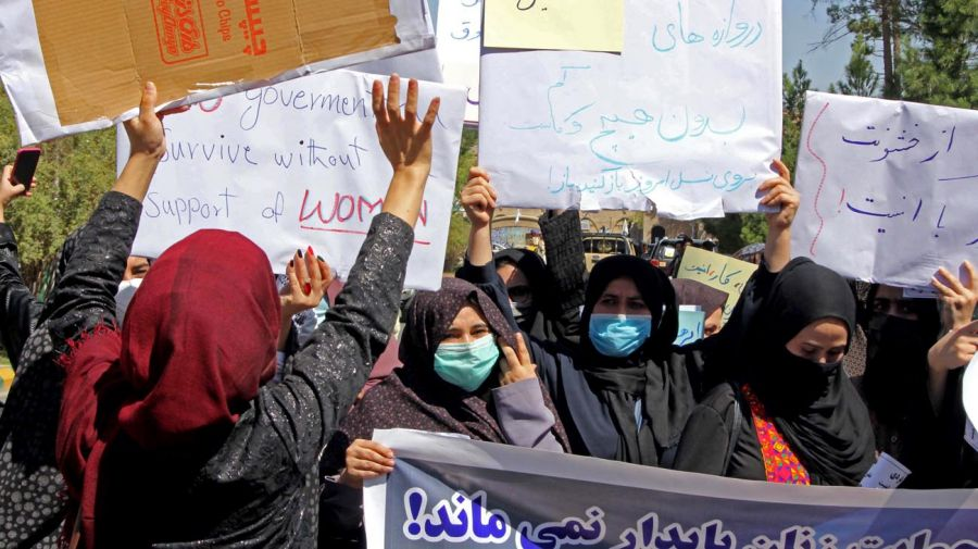 Marcha de mujeres en Herat, Afganistán 20210902