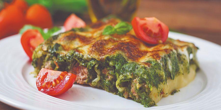 Su uso en la cocina es como el de la espinaca. Incluso se pueden combinar ambas verduras en tortillas, cremas y rellenos.