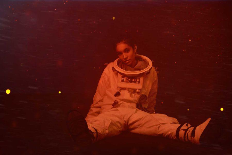 De otro planeta: María Becerra llegó a Punta del Este en una nave espacial