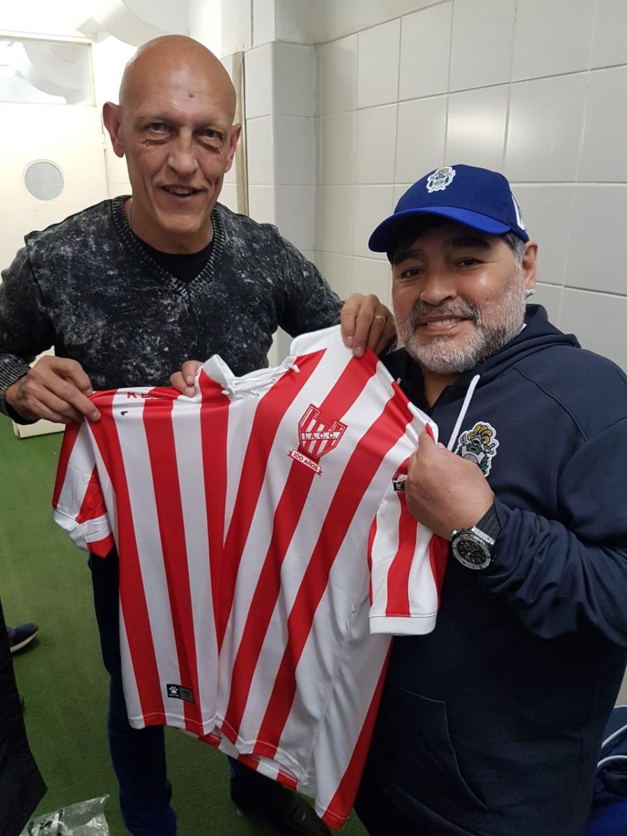 Dertycia y Maradona