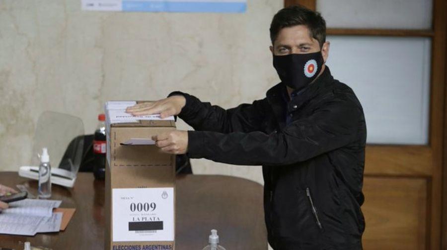 Axel Kicillof votando en las PASO 2021.