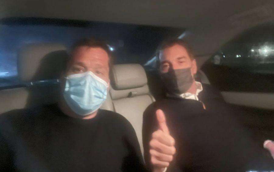 Santilli y Forchieri en el auto