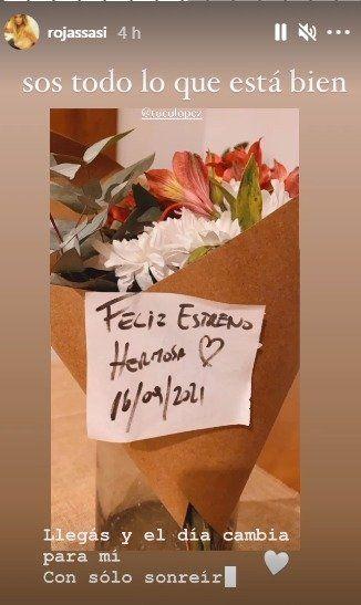 El Tucu López sorprendió con un regalo a Sabrina Rojas en el teatro