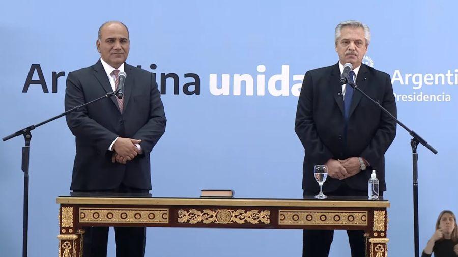 Alberto Fernández toma el juramento de Juan Manzur y los nuevos ministros