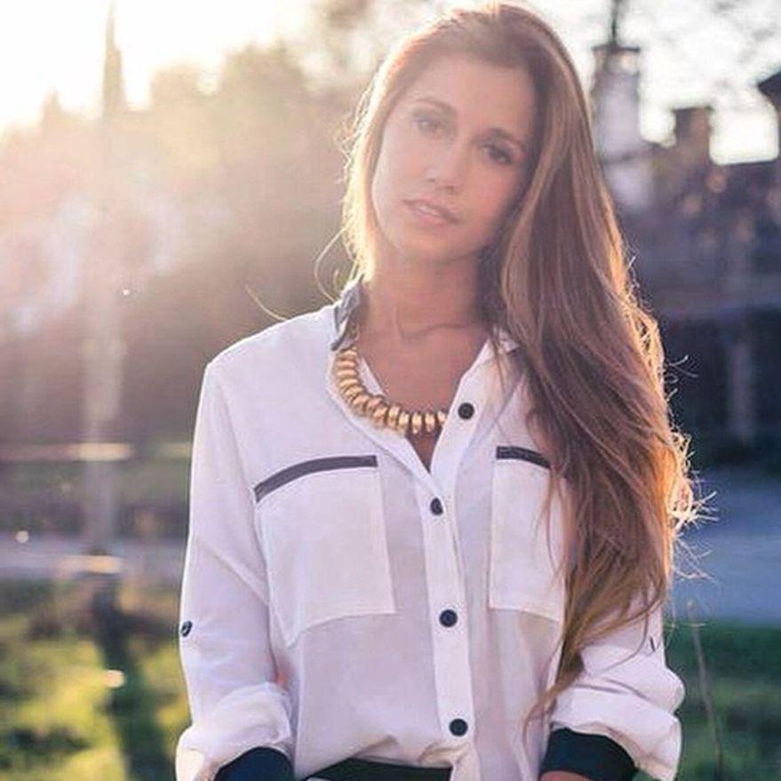 Conocé quién es y a que se dedica Carla, la hermana menor de Antonella Roccuzzo