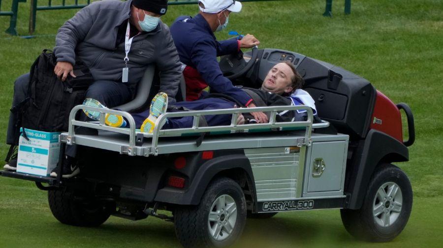 Tom Felton colapso en un campo de golf