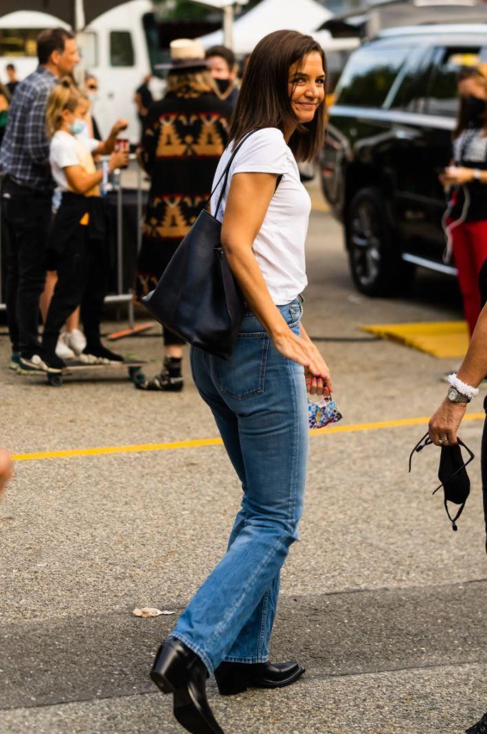 Katie Holmes y sus bootcut jeans
