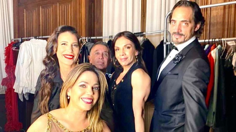 Karina Antoniali, Cesar Carozza, Marcela Villagra, Pia Shaw y Eduardo Fort