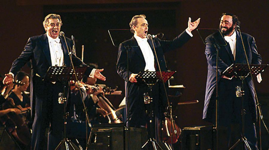 Luciano Pavarotti-20211012