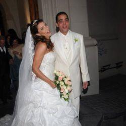 """Eduardo Fort y Karina Antoniali dieron el """"sí quiero"""" en Escobar"""