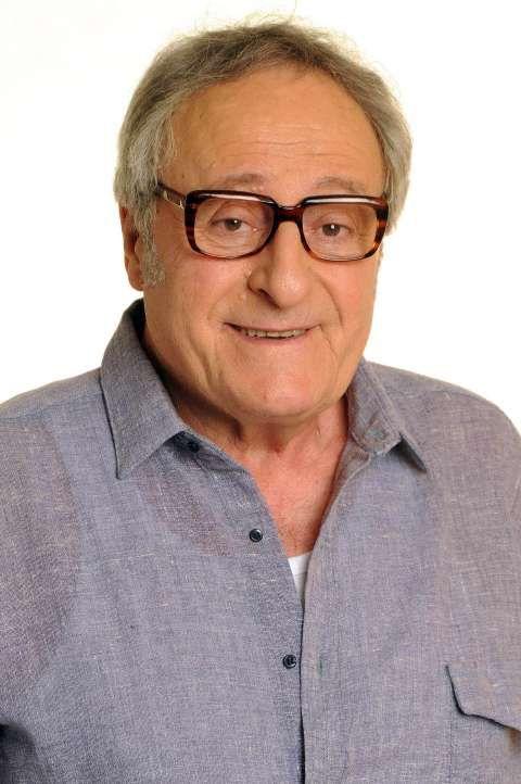 Roberto Luis Carnaghi Fernández (n. 13 de mayo de 1938 en Villa Adelina, Buenos Aires) es un actor argentino de cine, televisión y teatro. - Roberto_Carnaghi_contra_la_cuerdas_19594
