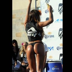 Victoria Alvarez 19 años, ganadora del Bikini Open
