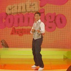 """Chino D'Angelo conduce """"Canta Conmigo Argentina"""""""