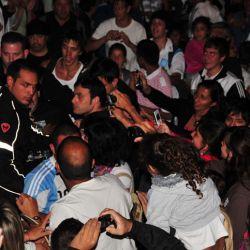 La multitud a la salida de Tío Curzio