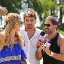 Paula, Pedro y Mariano en la isla