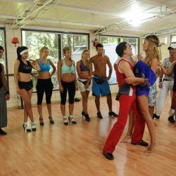 Paula Chaves en la isla de Soñando por Bailar