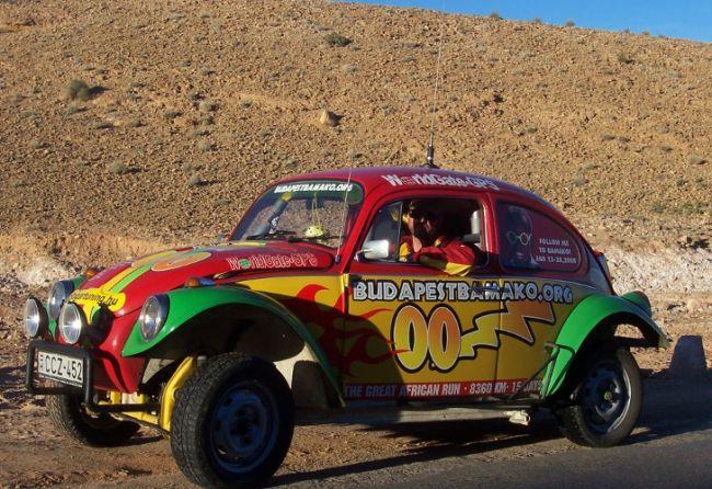 """El """"Escarabajo"""" es una de las atracciones del Budapest-Bamako. // Prensa oficial."""